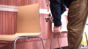 椅子にも噴霧